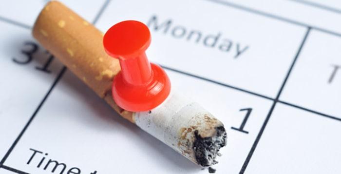 از سیگار کشیدن خودداری کنید برای پیشگیری از ابتلا به آب مروارید