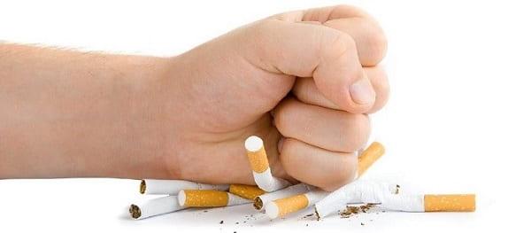 ترک سیگار قبل از جراحی پلک